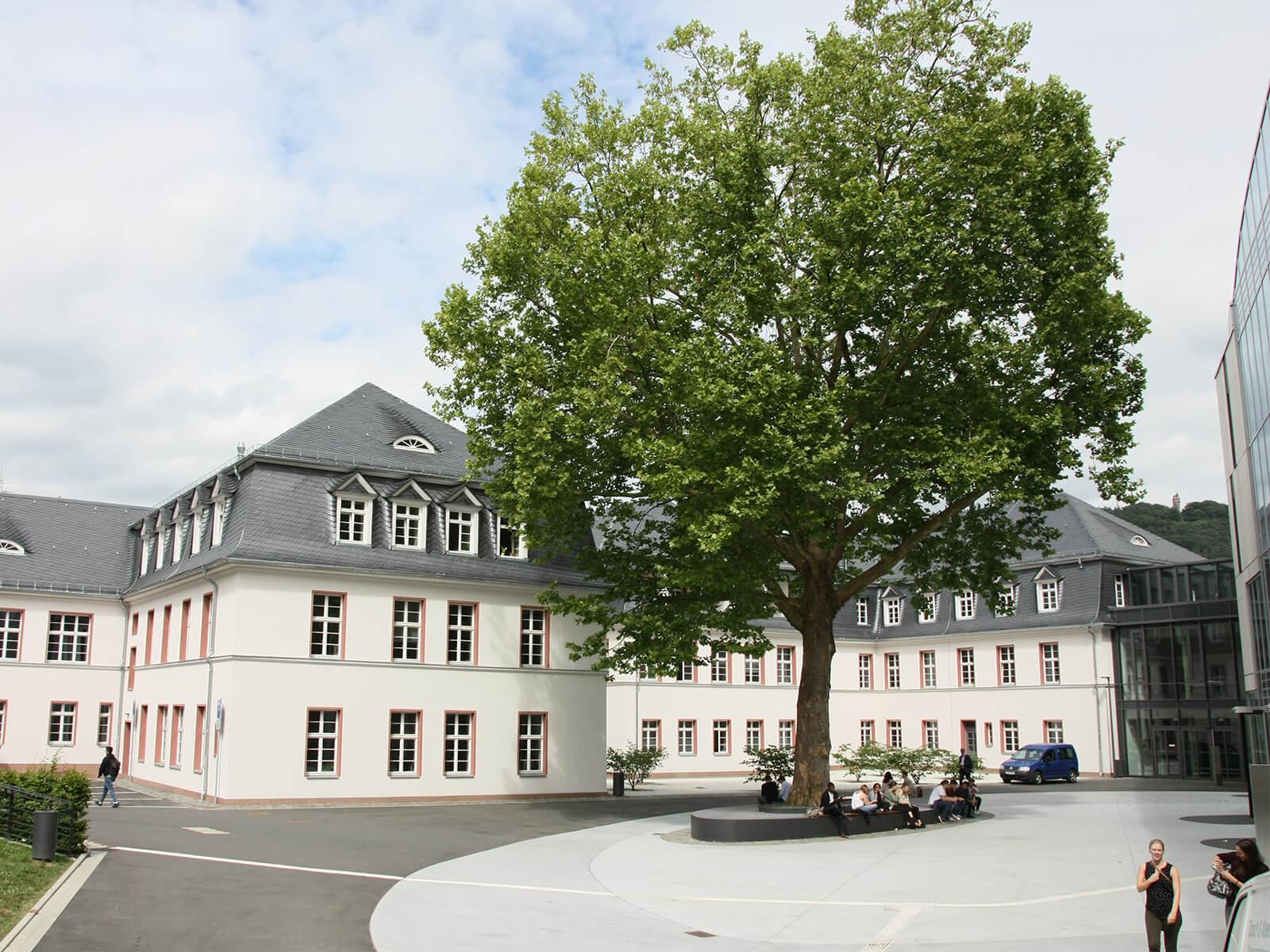 BV Neubau Zentralbibliothek & Alte Hautklinik Uni Marburg